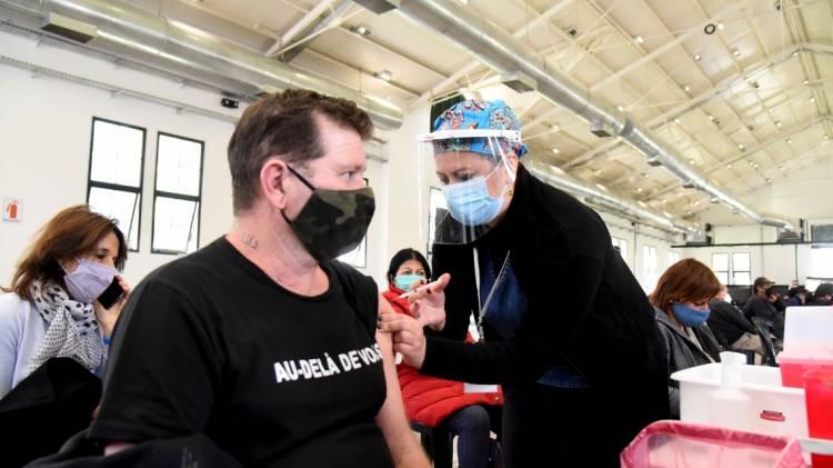 Abren registro para vacunadores voluntarios