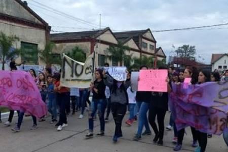 Marcha en San Cristóbal por caso de violación