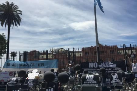 """Marcha de la """"Sillas Vacías"""""""