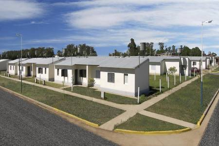 Entregan viviendas en Tostado