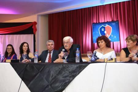 El Club San Lorenzo de Tostado presentó su libro